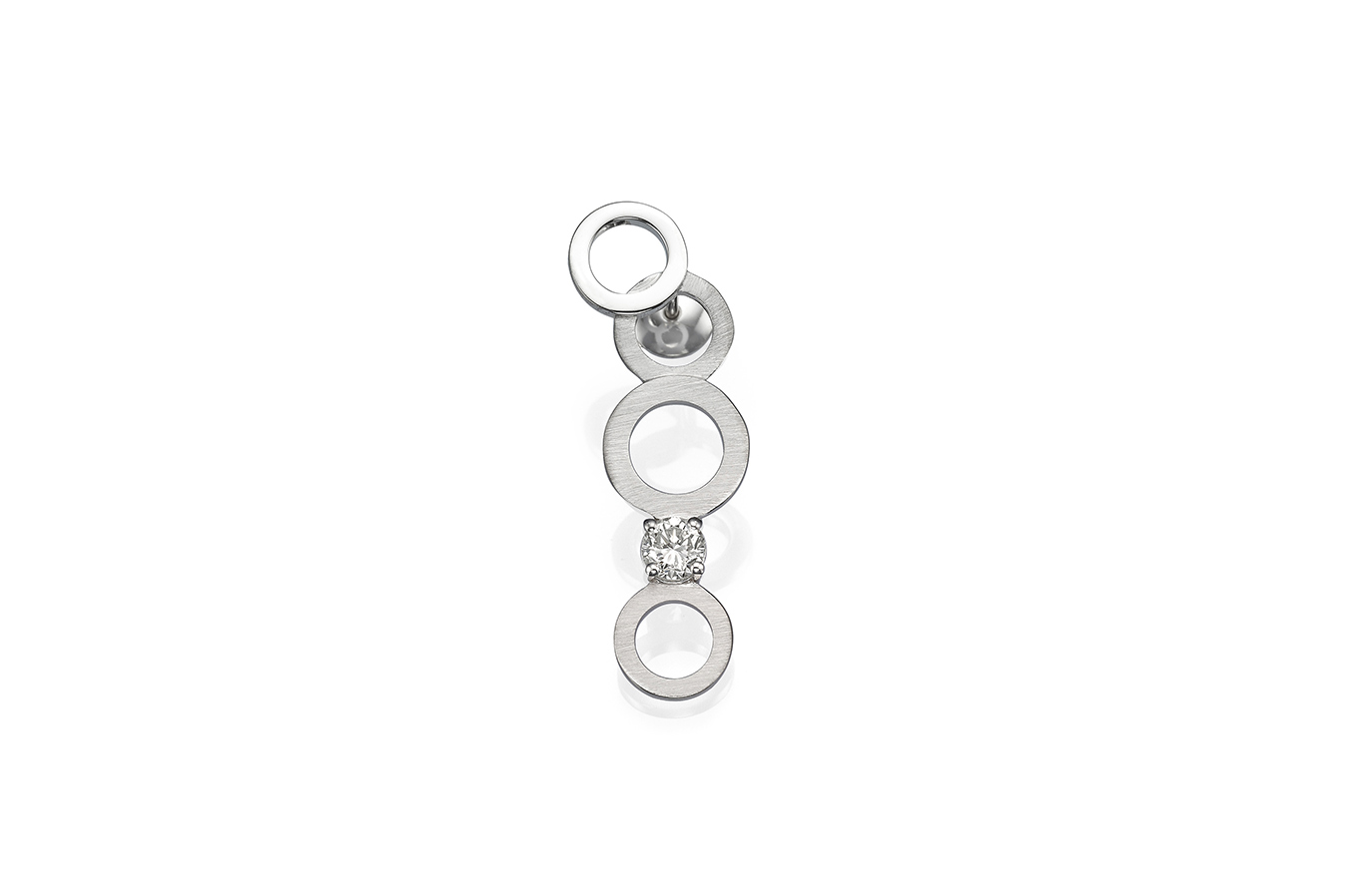 CIRCULAR V EARRING 18K WHITE GOLD 0.30 CT DIAMOND