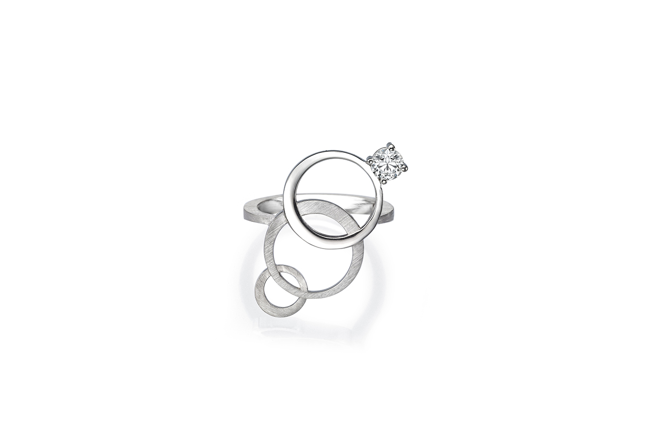 STAGGER RING 18K WHITE GOLD 0.30 CT DIAMOND